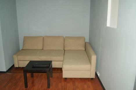 Сдается 3-комнатная квартира посуточнов Санкт-Петербурге, ул. Исполкомская, 10.