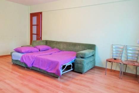 Сдается 2-комнатная квартира посуточно в Ангарске, 8 микрорайон, д. 6.