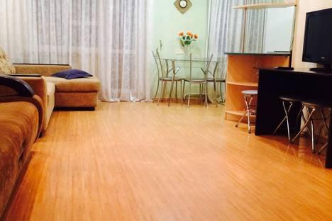 Сдается 2-комнатная квартира посуточно в Ростове-на-Дону, Ленина 99.