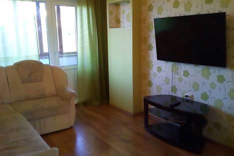 Сдается 2-комнатная квартира посуточно в Братске, Комсомольская 54.