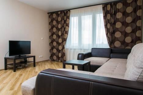 Сдается 2-комнатная квартира посуточно в Казани, ул. Сибгата Хакима, 40.