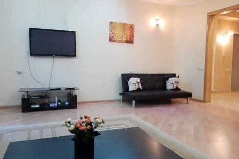 Сдается 4-комнатная квартира посуточно в Тбилиси, Merab Kostava Street, 72.