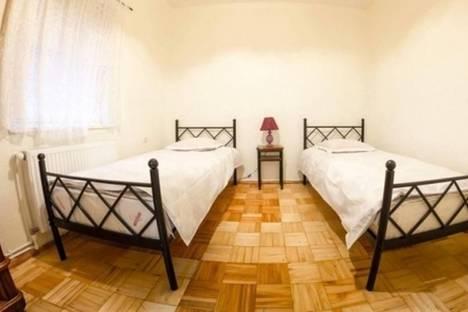 Сдается 2-комнатная квартира посуточнов Тбилиси, пр.Агмашенебели, 10.