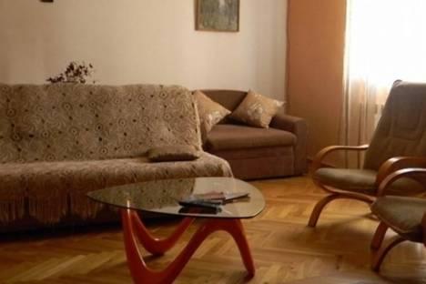Сдается 2-комнатная квартира посуточнов Тбилиси, Бакрадзе, 6.