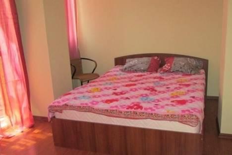 Сдается 3-комнатная квартира посуточно в Батуми, пр. Руставели, 15.