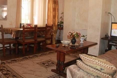 Сдается 4-комнатная квартира посуточно в Батуми, Горгиладзе, 66.