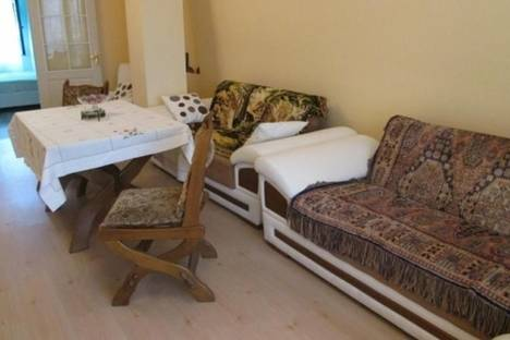 Сдается 2-комнатная квартира посуточнов Батуми, Клдиашвили, 20/18.