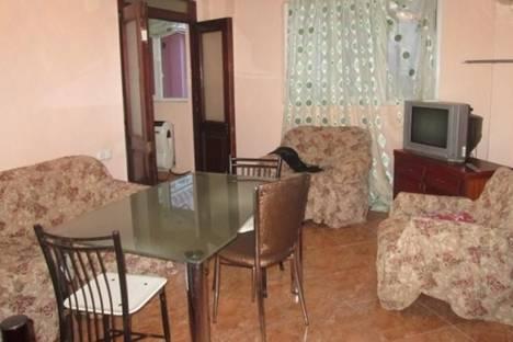 Сдается 3-комнатная квартира посуточнов Батуми, Меликишвили, 31.