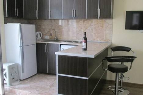Сдается 2-комнатная квартира посуточнов Батуми, Горгиладзе, 88.