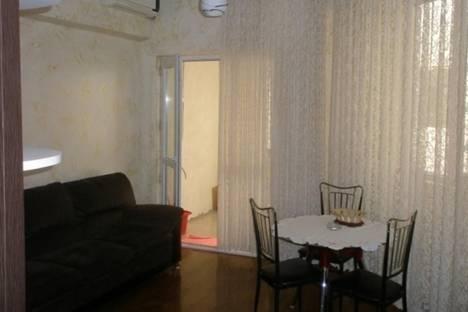 Сдается 2-комнатная квартира посуточно в Батуми, Горгиладзе, 114.
