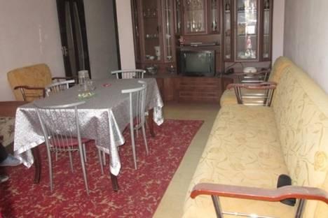 Сдается 2-комнатная квартира посуточнов Батуми, Лука Асатиани, 49.