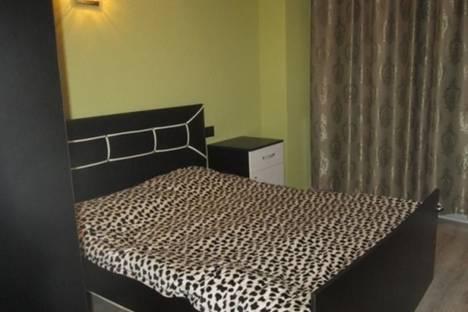 Сдается 2-комнатная квартира посуточно в Батуми, пр. Руставели, 15.