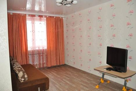 Сдается 1-комнатная квартира посуточно в Салехарде, Республики 77.