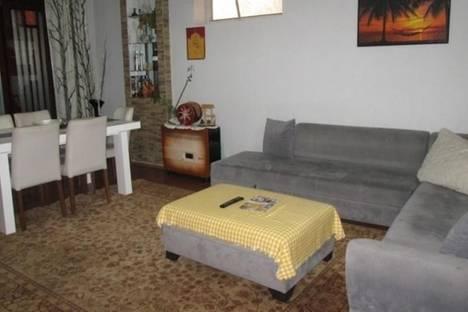 Сдается 4-комнатная квартира посуточно в Батуми, Лука Асатиани, 43/45.