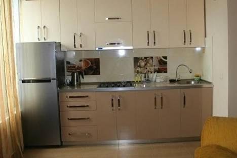 Сдается 2-комнатная квартира посуточнов Батуми, Джорджиашвили, 22.