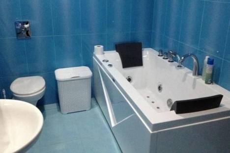 Сдается 3-комнатная квартира посуточнов Батуми, Горгасали, 140/144.
