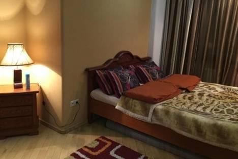 Сдается 3-комнатная квартира посуточно в Тбилиси, Канделаки, 7.