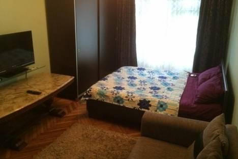 Сдается 1-комнатная квартира посуточно в Батуми, Парнаваза, 105.