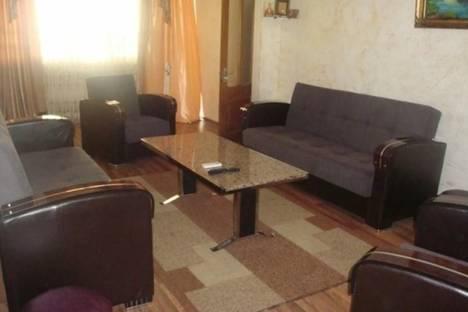 Сдается 4-комнатная квартира посуточно, Инасаридзе, 4.