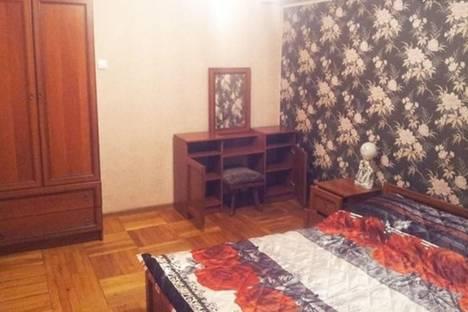 Сдается 2-комнатная квартира посуточно в Батуми, 26 Мая, 10/12.