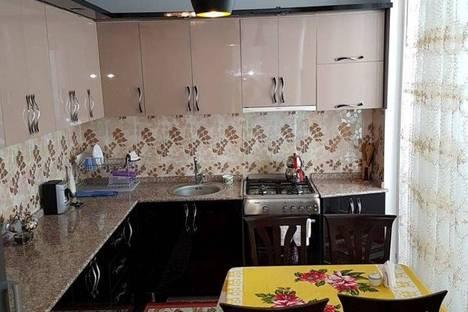 Сдается 2-комнатная квартира посуточно в Батуми, Агмашенебели, 18А.