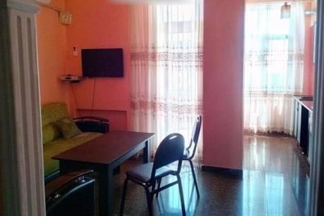 Сдается 5-комнатная квартира посуточно в Батуми, Ангиса, 8.