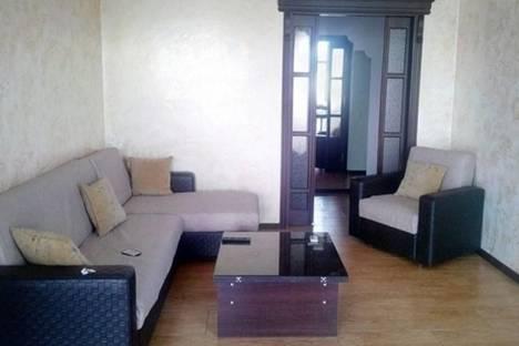 Сдается 3-комнатная квартира посуточно в Батуми, Ангиса, 8.