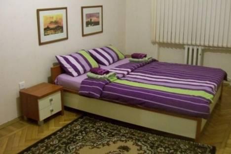 Сдается 2-комнатная квартира посуточно в Баку, пр. Азадлыг, 14.