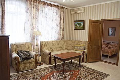 Сдается 3-комнатная квартира посуточно в Ялте, Пушкинская ул., 29.