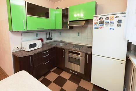 Сдается 2-комнатная квартира посуточно в Новосибирске, Блюхера, 53.