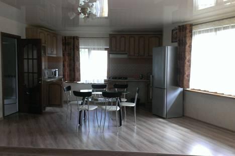 Сдается 2-комнатная квартира посуточно в Ялте, Республика Крым,Бассейная улица, 26.
