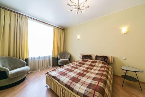 Сдается 3-комнатная квартира посуточнов Зеленограде, Ленинградский пр-кт, 77к1.