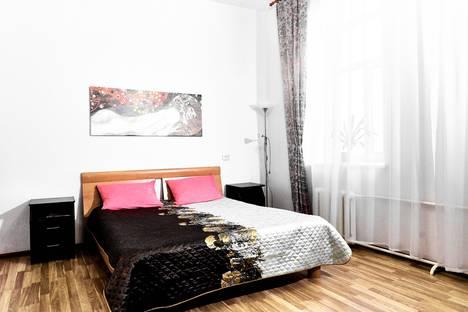 Сдается 4-комнатная квартира посуточно, улица Достоевского, 2/5.