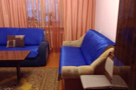 Сдается 3-комнатная квартира посуточно в Удачном, мкр Новый город, д. 13.