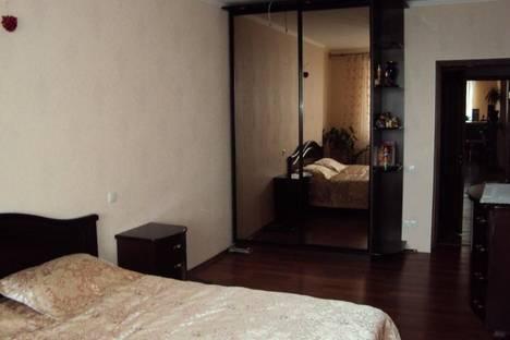 Сдается 1-комнатная квартира посуточно в Подольске, ул. Генерала Стрельбицкого, 12.