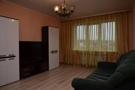 Сдается 2-комнатная квартира посуточно в Курске, ул. Береговая, , д. 5.