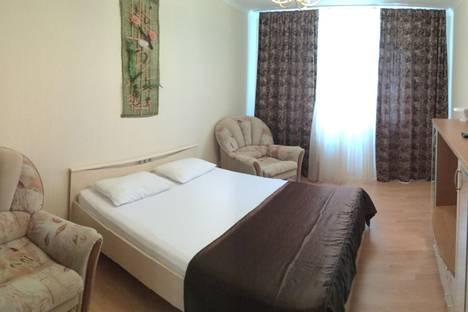 Сдается 1-комнатная квартира посуточнов Вологде, Пречистенская набережная, 74.