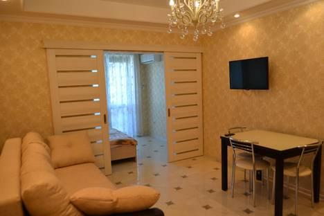 Сдается 1-комнатная квартира посуточнов Сочи, ул. Несебрская, 14.