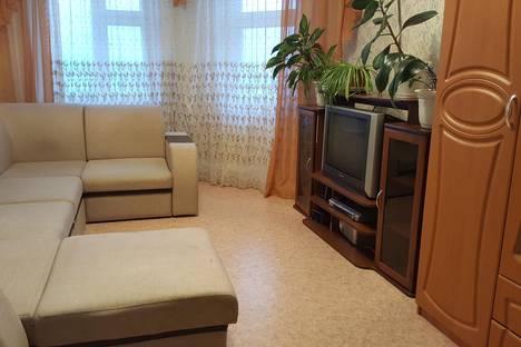 Сдается 1-комнатная квартира посуточно, ул. Профсоюзная, 3.