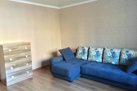 Сдается 2-комнатная квартира посуточнов Барнауле, ул. Сизова, 10А.