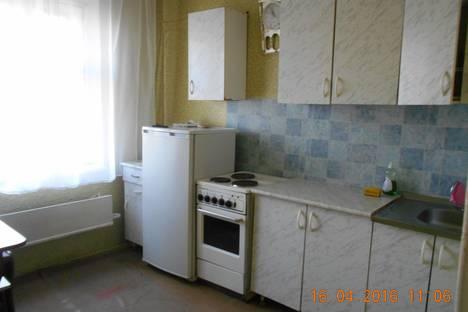 Сдается 2-комнатная квартира посуточнов Горно-Алтайске, Коммунистический проспект, 90.
