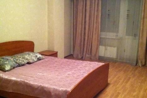 Сдается 3-комнатная квартира посуточно, Байкальская 107а.
