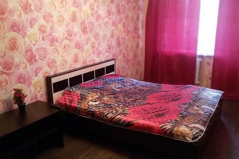 Сдается 1-комнатная квартира посуточнов Саратове, ул. им Жуковского, 4.