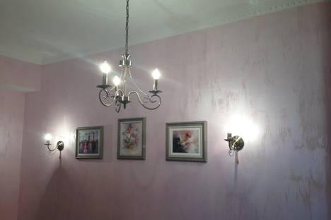 Сдается 4-комнатная квартира посуточно в Адлере, ул.Куйбышева 5.
