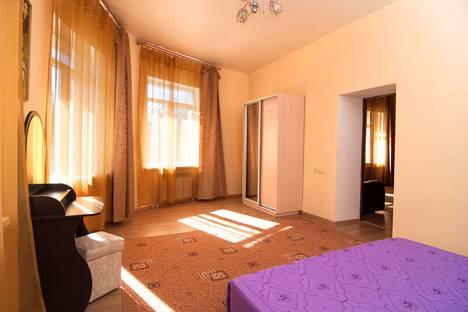 Сдается 3-комнатная квартира посуточно в Кисловодске, Ленина, 18.
