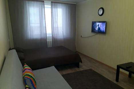 Сдается 1-комнатная квартира посуточно, Островского 28а.