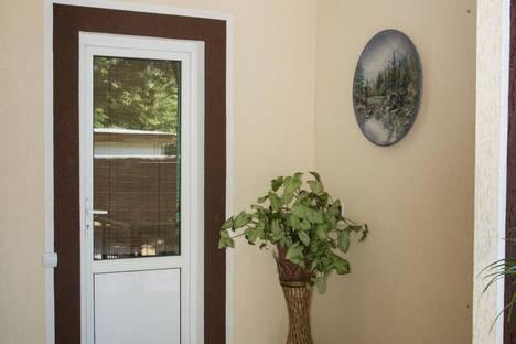 Сдается 3-комнатная квартира посуточно в Геленджике, ул. Туристическая, 21а.