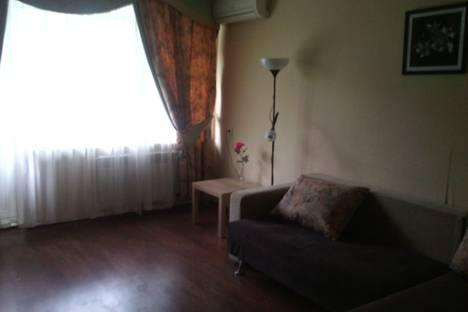 Сдается 3-комнатная квартира посуточнов Новокуйбышевске, ул Молодогвардейская 225.