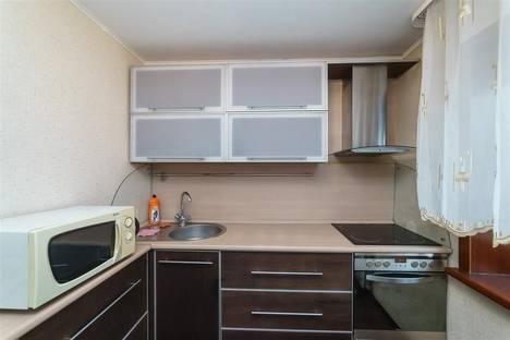 Сдается 2-комнатная квартира посуточно в Кемерове, Тухачевского,2.