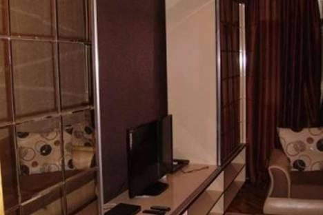 Сдается 2-комнатная квартира посуточно в Баку, ул. Саида Рустамова, 12.